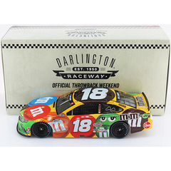 Kyle Busch #18 NASCAR 2020 JGR Toyota M&M´s Darlington 1:24